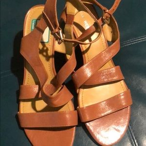Women's Size 10 Nine West Gaius wedges